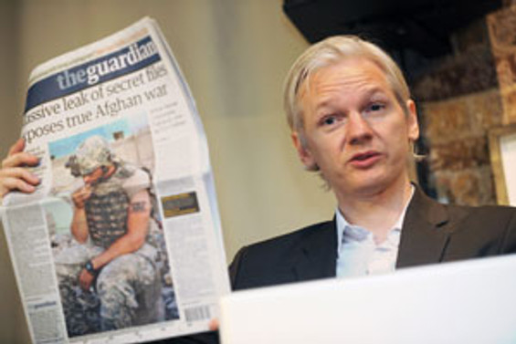 Guardian, bu sefer Assange'ı kızdırdı