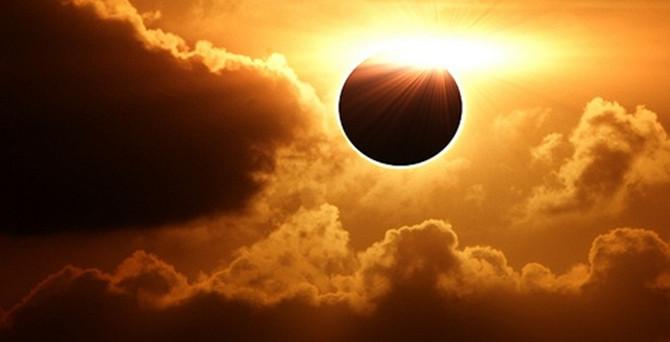 Güneş tutulması başladı