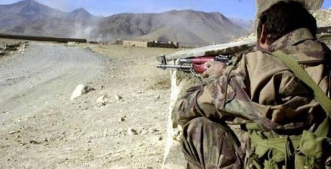 Pakistan, Taliban'ı vurdu