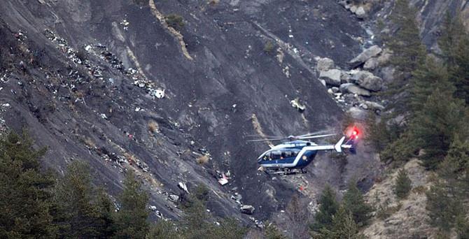 Uçağı düşüren pilot 'intihar'ı araştırmış