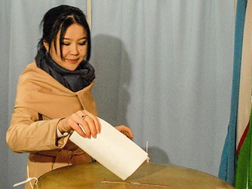 Özbekistan sandık başında