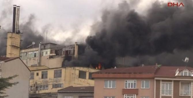 Kağıthane'de fabrika yangını!