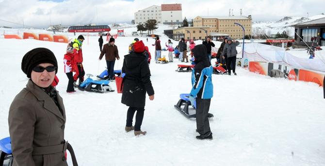 Erciyes'i 1 milyon 600 bin kişi ziyaret etti