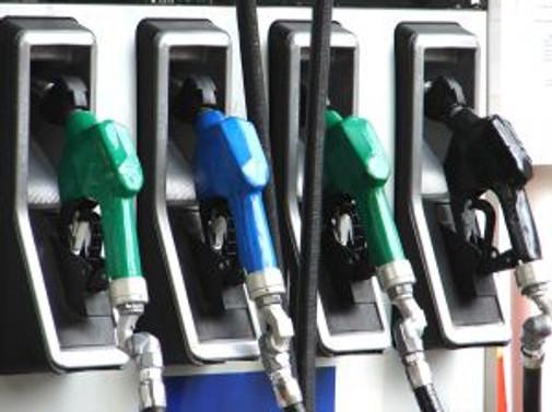 Kurşunsuz benzin 4 YKr ucuzladı