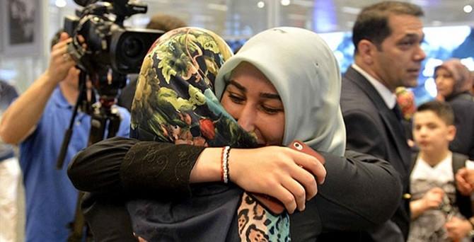 Sana'daki 185 Türk vatandaşı İstanbul'da