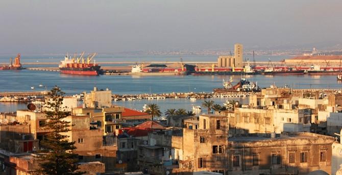 İhracatçı ve müteahhitler, Libya'da hükümetlerin birleşmesini bekliyor