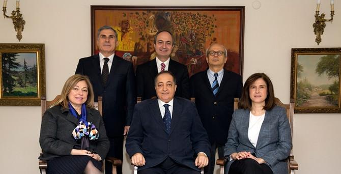 Yaşar Holding'de yeni başkan Selim Yaşar oldu