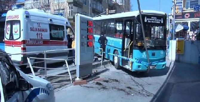 Halk otobüsü ambulansla çarpıştı: 7 yaralı