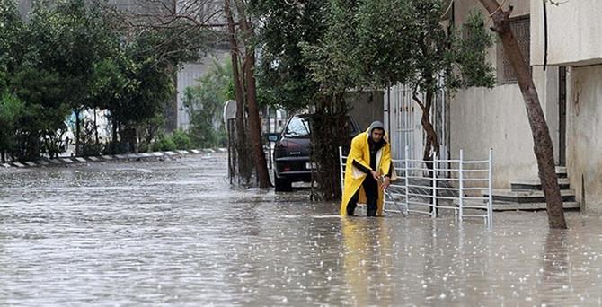 Gazze'de evler sular altında kaldı