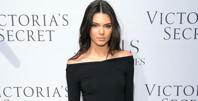 Kendall Jenner, Antalya'da podyuma çıkacak