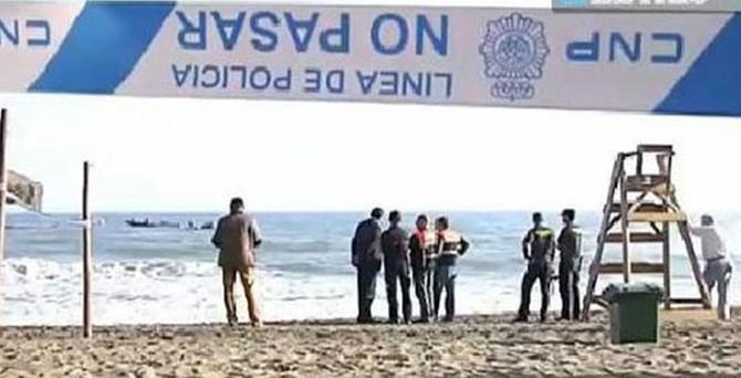 O plajda cankurtaran da bayrak da yoktu