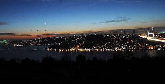 İstanbul'da 12 ilçede elektrik kesintisi!