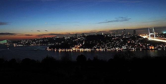 İstanbul'un 13 ilçesi karanlıkta kalacak