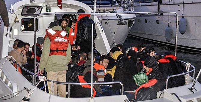 Ayvalık'ta 35 kaçak yakalandı