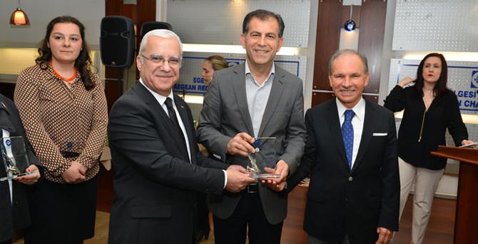 Sedat Alp'e EBSO'dan ödül