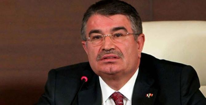 İdris Naim Şahin kurduğu partiden istifa etti