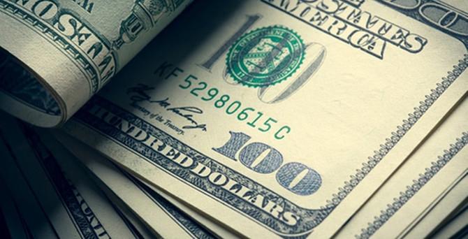 Dolar zirveye dayandı