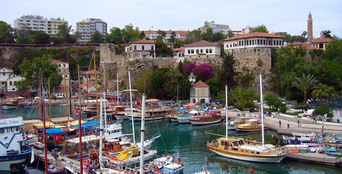 Antalya'nın ekonomisi 6 T ile büyüyecek