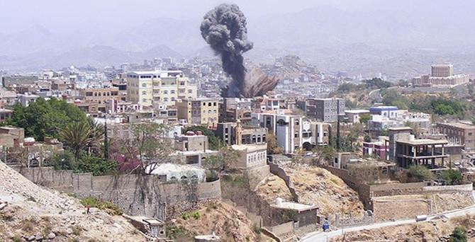 Yemen'de hava saldırıları yeniden başladı
