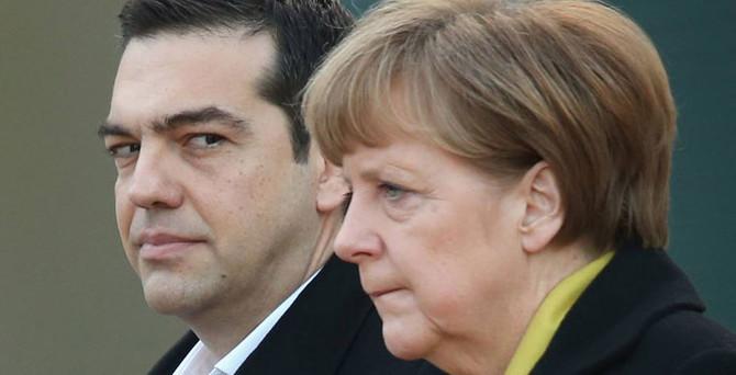 Merkel: Nakit tükenmeden her şey yapılmalı