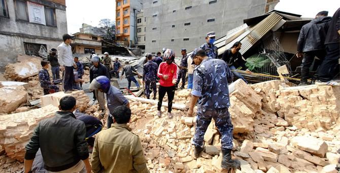 Nepal'de bilanço ağırlaşıyor