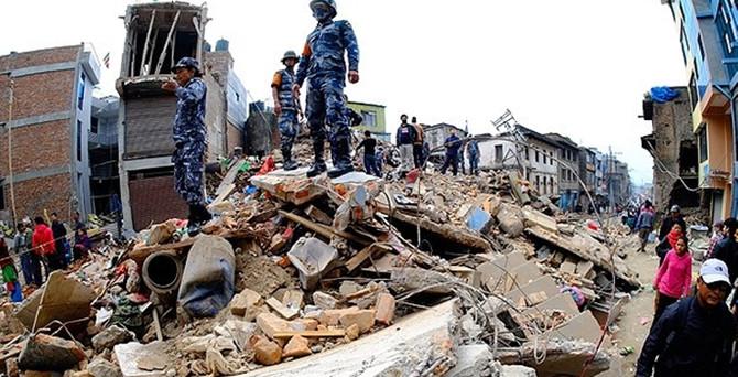 Nepal'da ölü sayısı 3 bini aştı