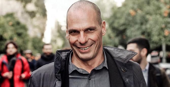 Yunanistan Varoufakis'i kızağa çekti