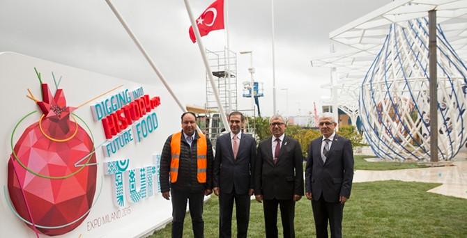 'Expo'ya yetişmez' denen Türk pavyonuna çınar bile dikildi!