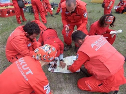 AKUT, Nepal'de yardıma koştu... İşte son görüntüler