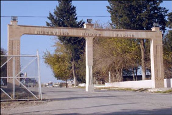 Türkiye-Suriye sınırında tehlikeli piknik