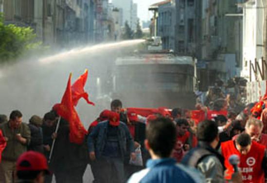 1 Mayıs olayları AİHM'e taşınıyor