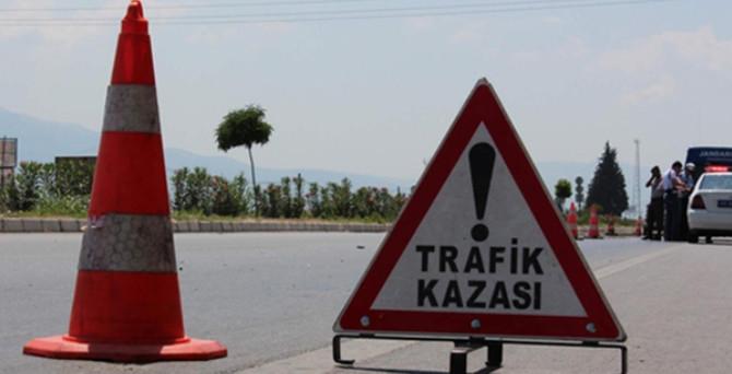 Sivas'ta trafik kazası: 3 ölü, 2 yaralı
