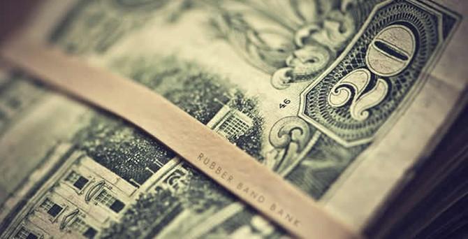 Dolarda yukarı denemeler sürüyor!