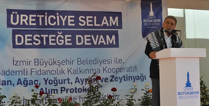 İzmir Büyükşehir, iki kooperatifle sözleşme yeniledi