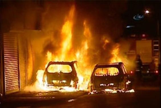 İstanbul'da 11 araç kundaklandı