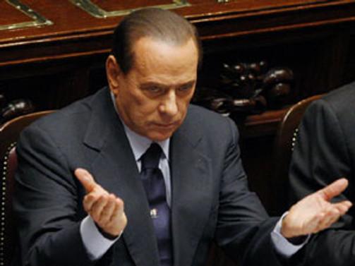 Berlusconi'ye yüksek mahkemeden kötü haber