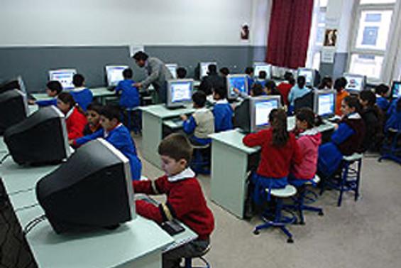 10 bin bilgisayar öğretmeni isyanda