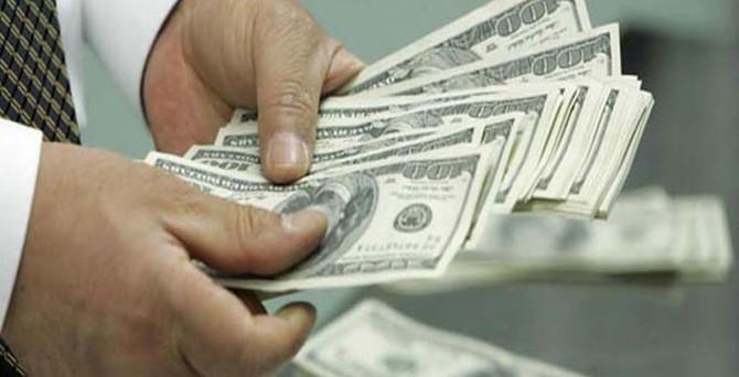 Dolar, kâr satışlarıyla düştü