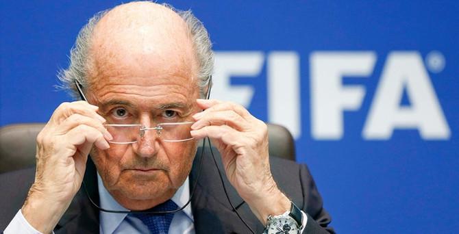 FIFA Başkanı Blatter'e soruşturma