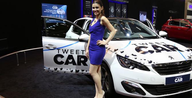 """Türkiye'nin İlk """"Tweet"""" ile çalışan otomobili İstanbul Auto Show'da"""