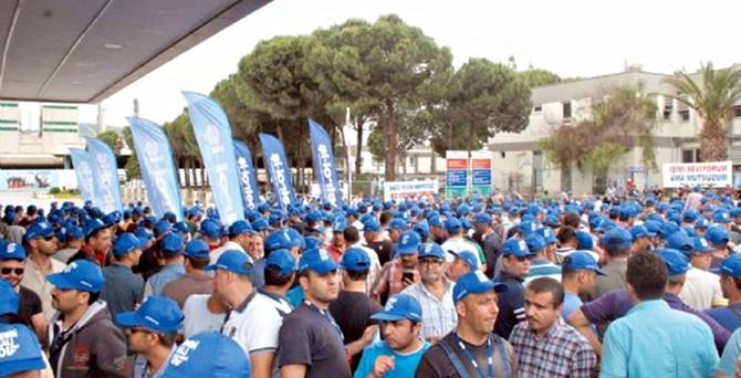 İşçiler Petkim'de de eyleme başladı