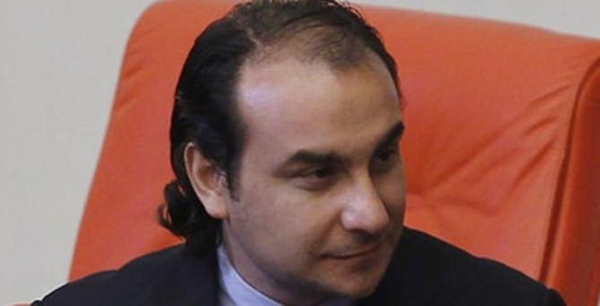 İstanbul Milletvekili, AK Parti'den istifa etti
