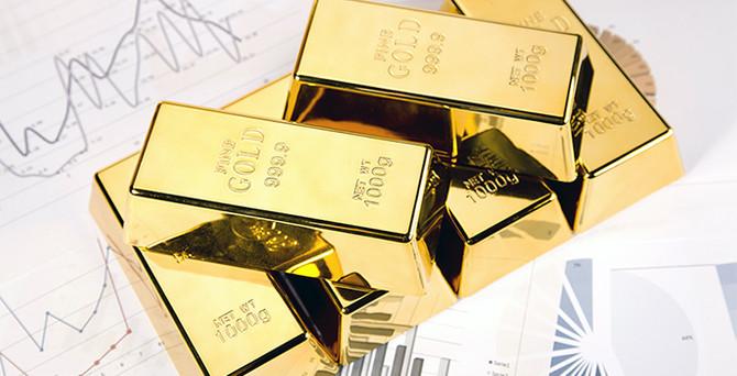 Altın, riskli varlıklara paralel hareket etti