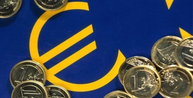 Euro Bölgesi'nde yatırımcı güveni haziranda azaldı