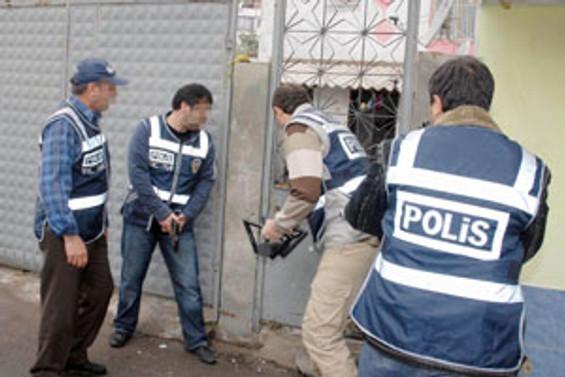 Belediye Başkan Vekili dahil 35 kişi gözaltında