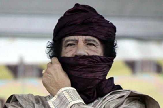 Kaddafi  NATO saldırısında yaralandı