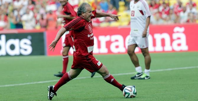 'Beyaz Pele', FIFA başkanlığına aday