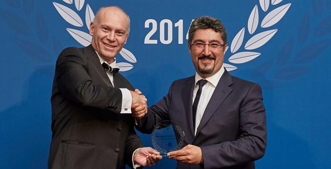 Türk Telekom, milyarlık tahvil ihracıyla ödül aldı, refinansmanda 'lig' değiştirdi