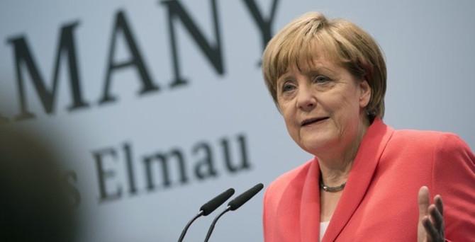 Avrupa Birliği'nin patronu: Merkel