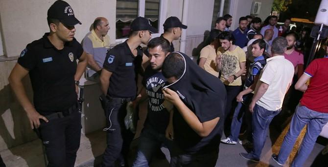 10 ilde 'çek' operasyonu: 34 tutuklama